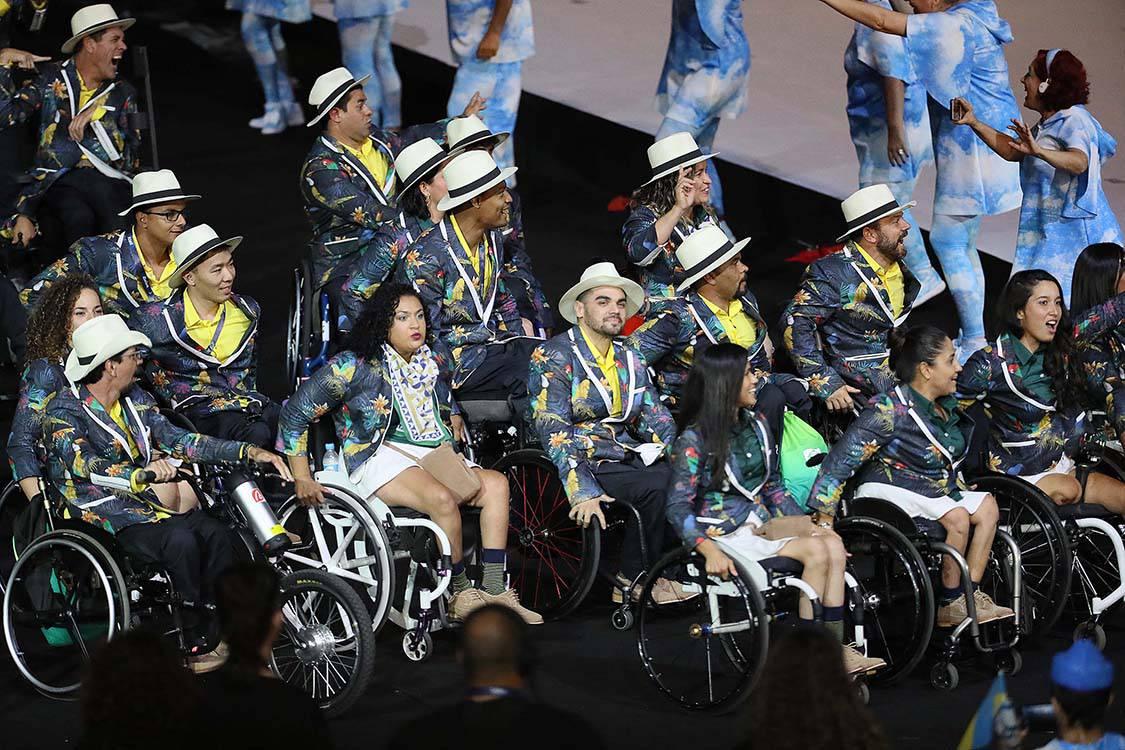 No Twitter, Papa saúda atletas paraolímpicos
