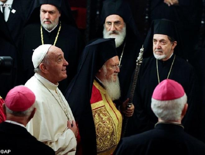 Papa: ecumenismo de sangue fortalece caminho para a unidade