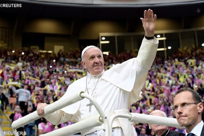 Papa dá dicas para educação dos jovens na fé e para a vida