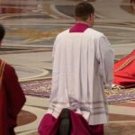 Papa Francisco presidiu a celebração da Paixão do Senhor no Vaticano