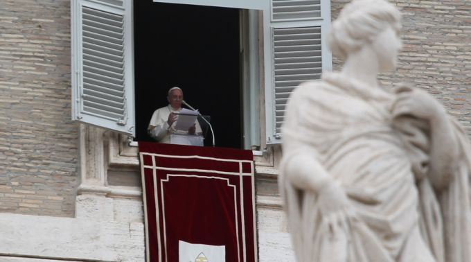 Papa: aprendamos a arte de amar e escapemos das garras do demônio