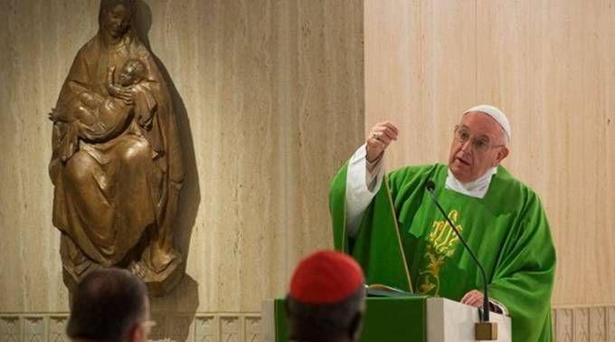 Papa oferece uma receita para quando estivermos em momentos de escuridão