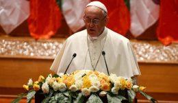 O futuro de Mianmar deve ser a paz, diz Papa às autoridades do país