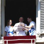 Papa faz inscrição à JMJ do Panamá