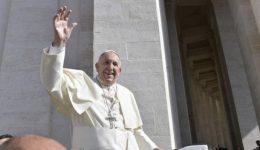 Papa Francisco convida a lutar contra o mal: toda a vida cristã é um combate