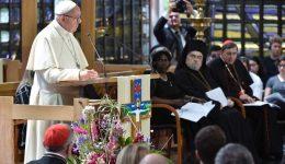 """Papa participa de oração ecumênica em Genebra: """"caminhar juntos"""""""
