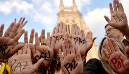 Política para a paz