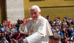 Hoje Bento XVI completa 92 anos