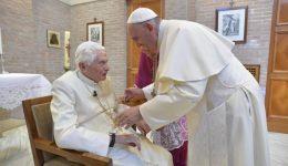 Bento XVI: voltar a Deus para superar a crise dos abusos