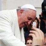 O Papa batiza as gêmeas siamesas, a carta da mãe